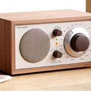 radio tivoli model one