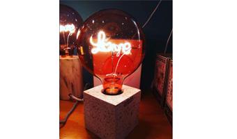 lampadina led love
