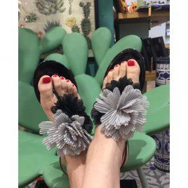 Sandaletti infradito fiori