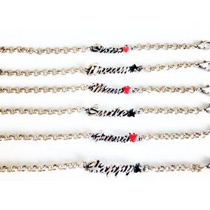 braccialetto scritta sagomata