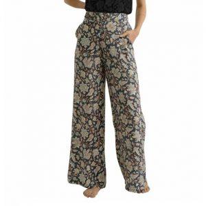 pantaloni ethnic chic